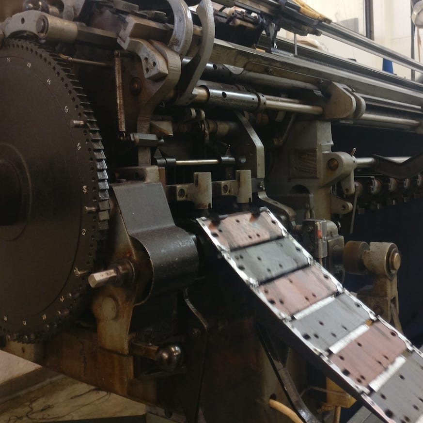 Alte Strickmaschine
