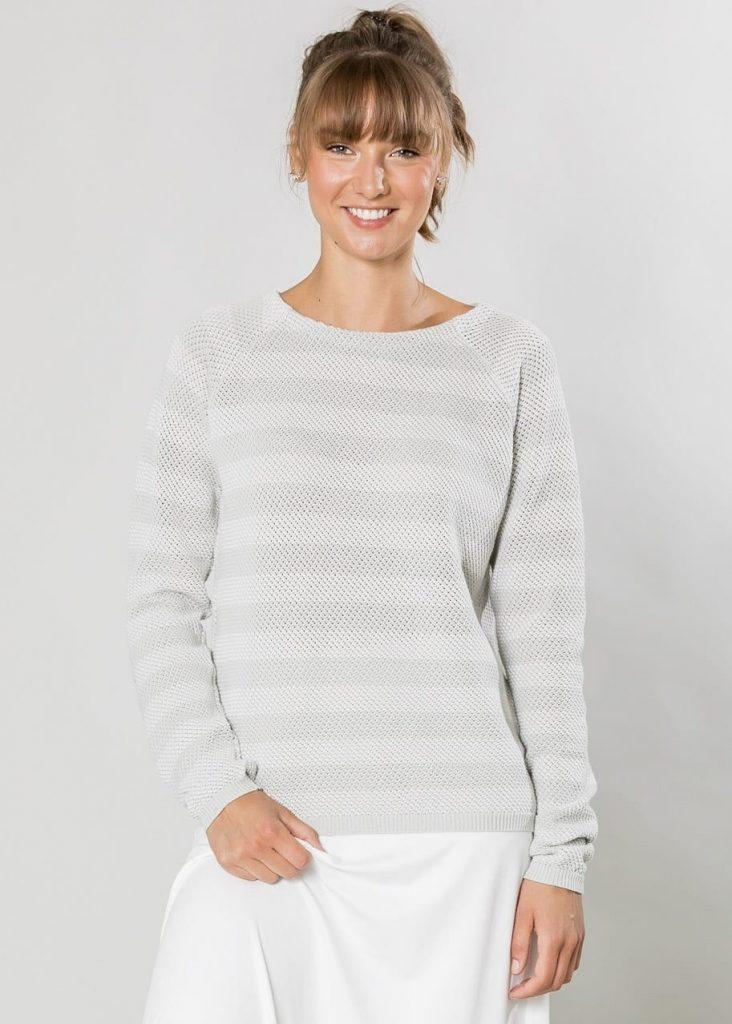 Connemara Pullover Anja aus Baumwolle in luftigem Spezialstrick in grau | weiß | Made in EU