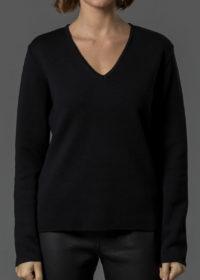 Merinopullover für Damen mit V Ausschnitt in schwarz von Connemara