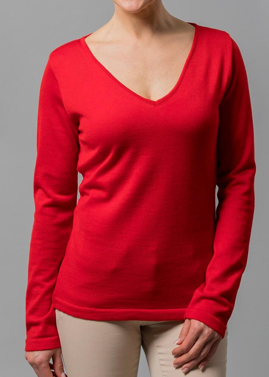 Roter Pulli von Connemara mit V