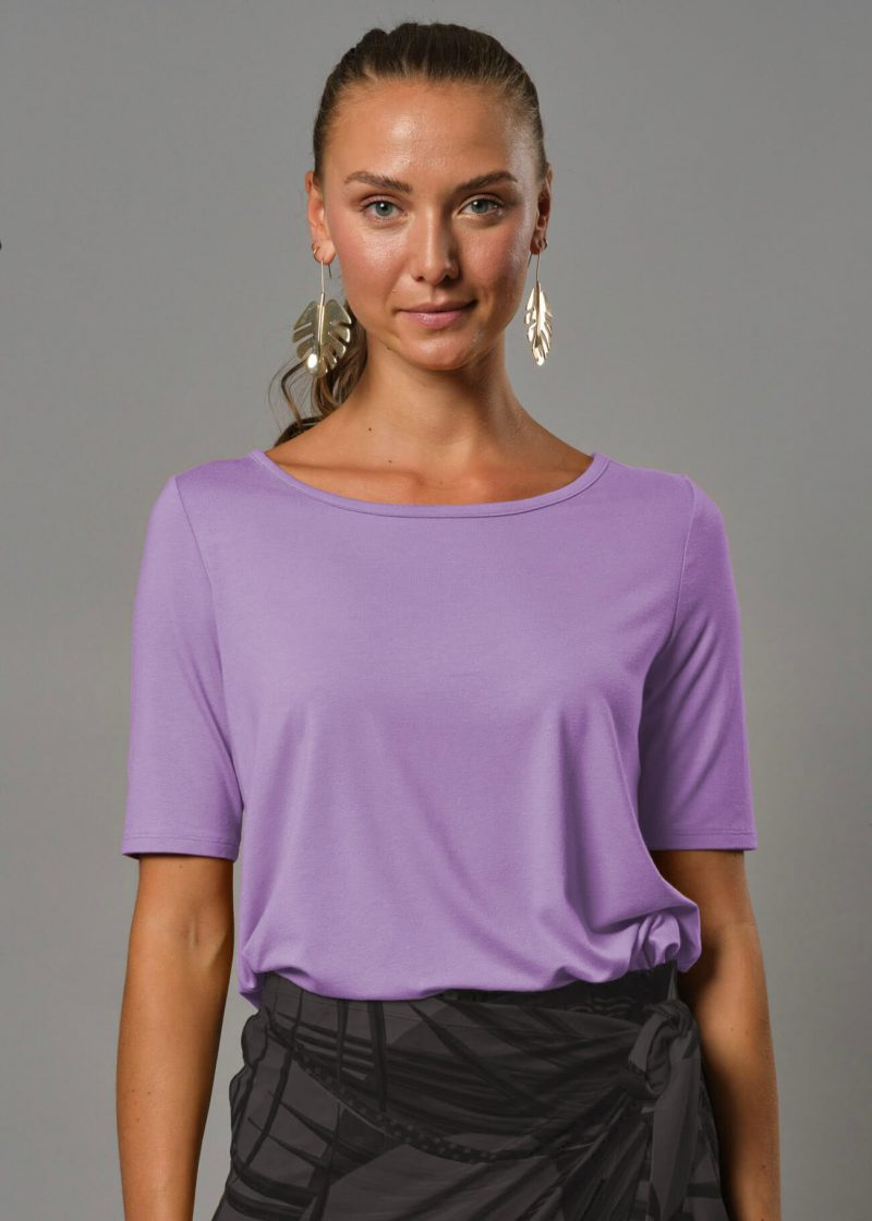 Connemara T shirt flieder aus Viskosejersey - ein loose fit shirt damen