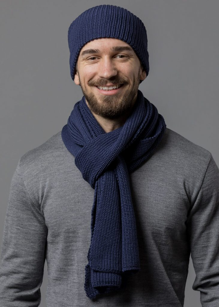 Mütze und Schal von Connemara aus extrafeiner Merinowolle