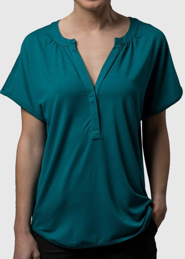 Lässige Shirtbluse Gwenda von Connemara aus Vikose Elthans in der Frabe petorl